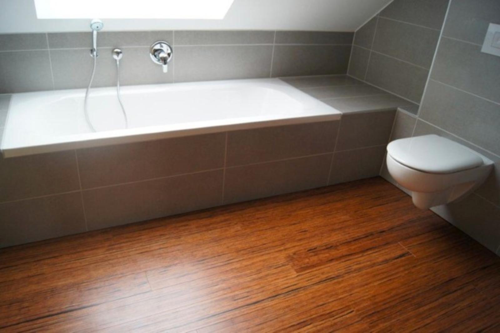 köln - badezimmer, faserbambusparkett, dachgeschossausbau - beser, Badezimmer